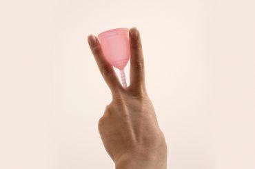 como-usar-coletor-menstrual-korui